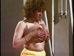 Toni Lubes Her Juggs
