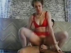 Babe Bounces Her Hairy Pussy On A Cock