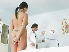 Carmen gets her pussy gaping by old kinky gyno doctor