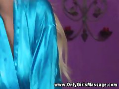 Masseuse sucking babes clit during massage