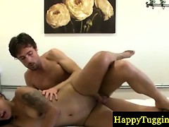 Asiansex masseur pussyfucked by her client