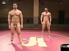 Buff hunky wrestler enjoys his naked match