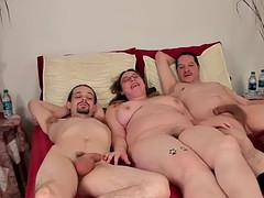 Isabelle Threesome