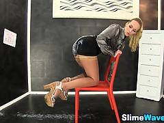 Glam babe rides gloryhole