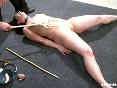 White girl gets her thighs slapped by hot white dom