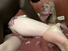 housewife anal fucked by hung black hunk