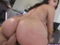 Cutie babe Valentina Nappi wanted to cum