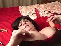 90s Dutch mature brunette with big tits masturbates with dildo and sucks big cock