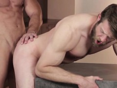 Gay guys giving a kiss and fucking