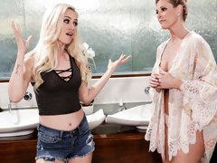 Oiled MILF India Summer gives cunnilingus for a sweet teen Lyra Law