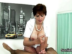 Unfaithful uk milf lady sonia reveals her oversized boobs