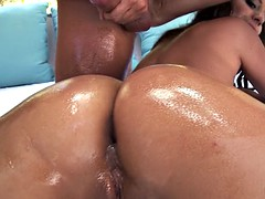 anal slut jynx maze shakes her ass and demands his big cock