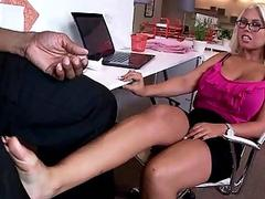Brigette B gets her feet worshipped and fucked