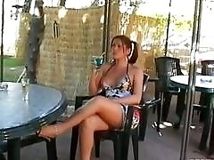 Bombastic young woman gets screwed on a sunny outdoors day
